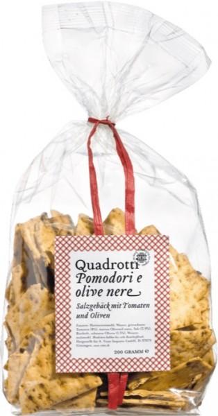 Quadrotti al Pomodoro e Olive